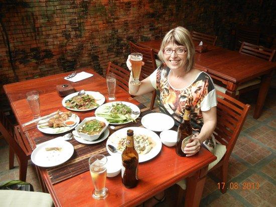 Lam Paj-Baj Tong Cooking Class
