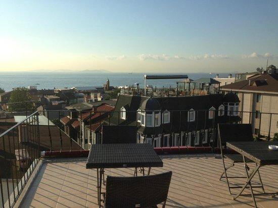 Osmanhan Hotel: Rooftop view