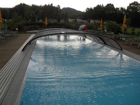 Hotel garni Toscanina: Outdoor Pool