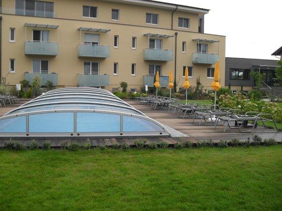 Hotel Toscanina: Outdoor pool