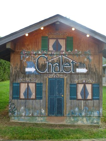 "The Chalet Inn Bed & Breakfast: Painted shed right where you turn off the main road onto the ""driveway"" - it will get steep!"