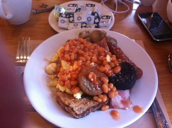 O'Callaghan Mont Clare Hotel: That breakfast (shame about the tiny plate)