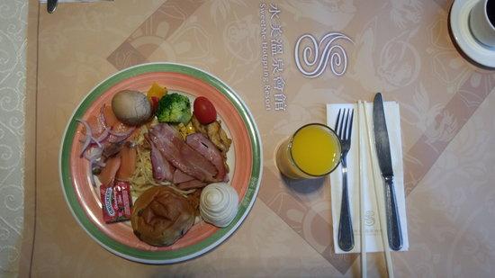 Sweetme Hotspring Resort : 朝食ですが、台湾3泊目で食べる量も減っています。