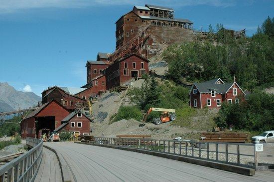Kennecott Copper Mine : Main mine buildings