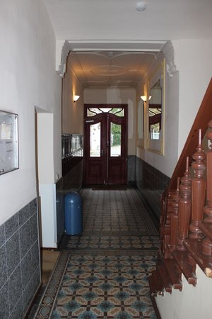 City Guesthouse Pension Berlin: Hallway to Room #10