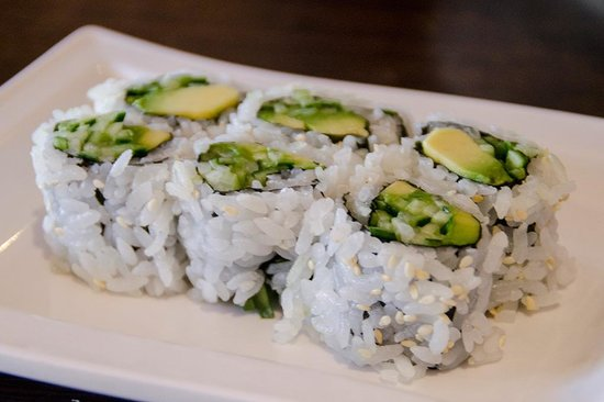 Osaka Sushi All You Can Eat : Cucumber and avocado maki