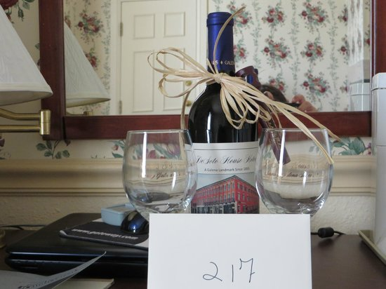 Desoto House Hotel Complimentary Anniversary Gift