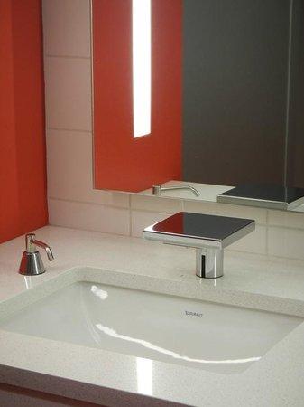 Museum Of Design Atlanta Neat Elements In The Bathroom