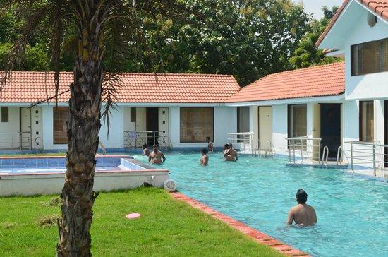 Village Retreat: Pool Area