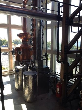 Experience! The Finger Lakes Tours: Great Lakes Distilling