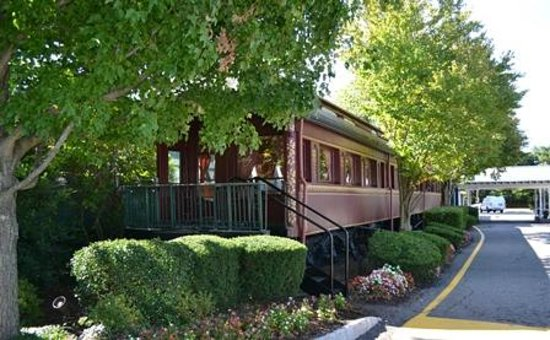 The Madison Hotel: One of the antique dining cars, a unique feature of hotel steak house