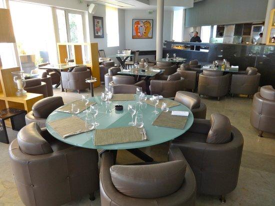 Villa Didon : Inside Dinning area