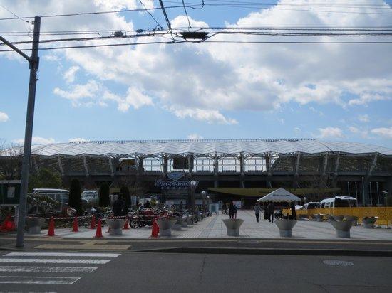 Yurtec Stadium : スタジアム正面