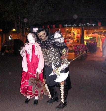 canobie lake park screeemfest skeletor creepy girl