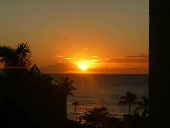Aston Kaanapali Shores: Stunning sunsets