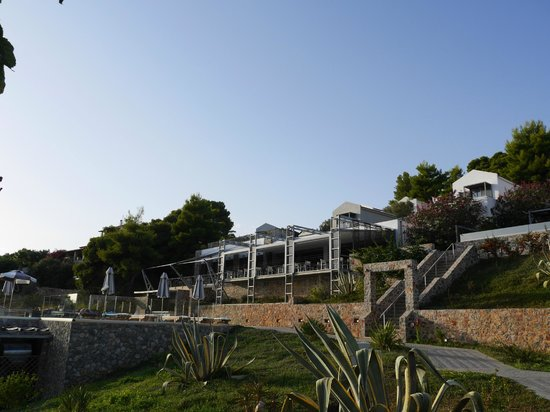Adrina Resort & Spa : View of the hotel from the beach