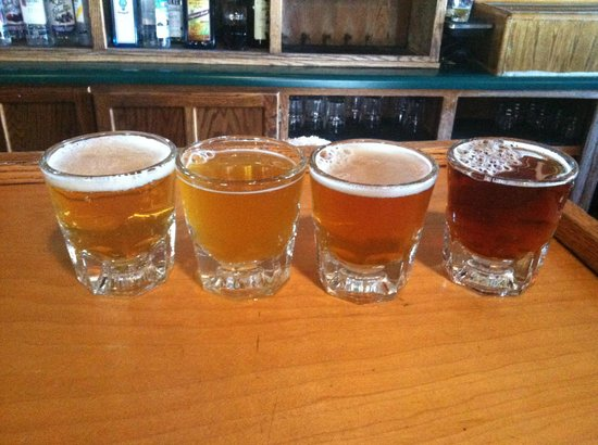 Flagstaff Brewing Company: Flagstaff Brewing Co. Beer sampler