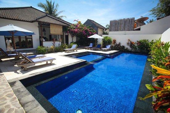Tir Na Nóg Gili Trawangan Accommodation: Swimming Pool