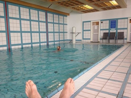 Vienna House Dvorak Karlovy Vary: mooi zwembad