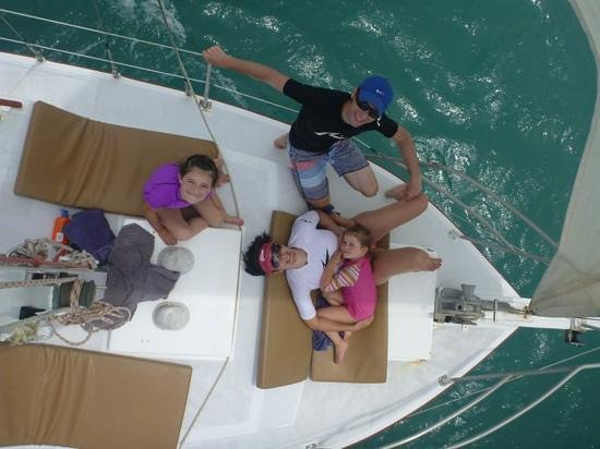 SweetDreamers Charters - Private Day Trips : Igor helps to take fantastic memorable family pictures
