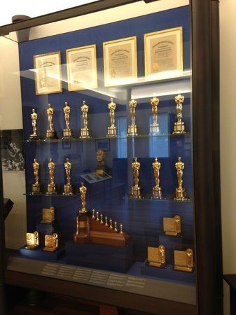 Walt Disney Family Museum : Walt's Awards