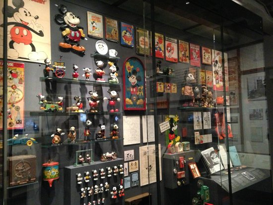 Walt Disney Family Museum : Mickey Mouse Display