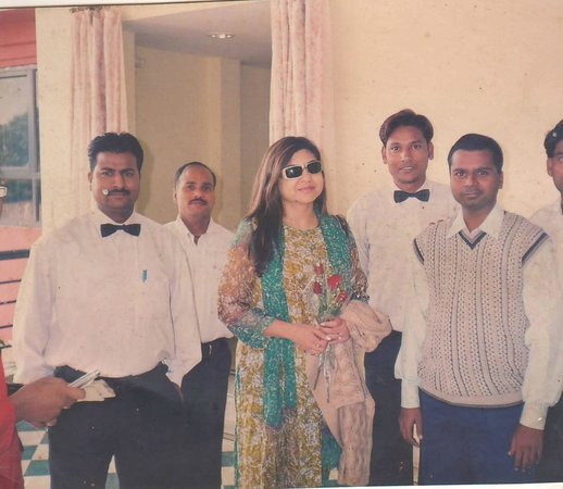 Jhansi, Inde : Room's Lobby with Ms. Alka Yagnik