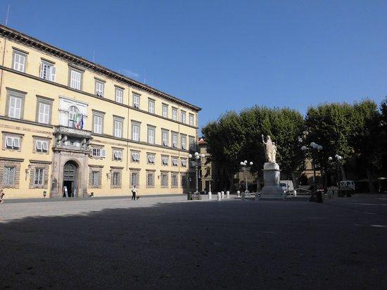 Museo Nazionale di Palazzo Mansi : Palazzo Mansi