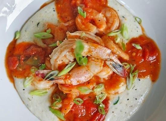 Salt Rock Tavern: shrimp and grits