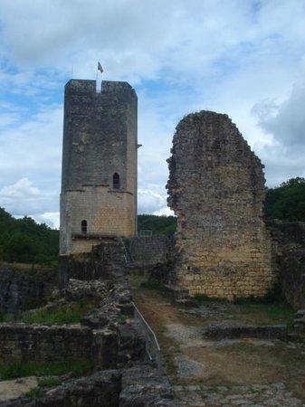 Château de Gavaudun : Donjon