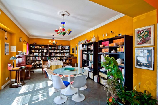 In Plait - Libreria con cucina: Sala Ristorante