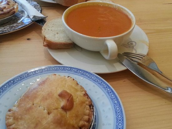 Airtime Cafe | Take-away: Lunch combo: chicken pie & tomato soup
