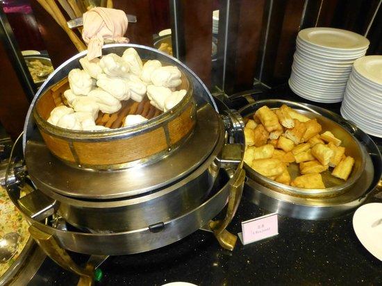 Tiantan Hotel: their bread