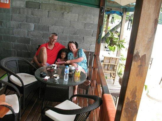 Coffee Gecko Koh Samui: Michael + Kerstin with Otin, our new