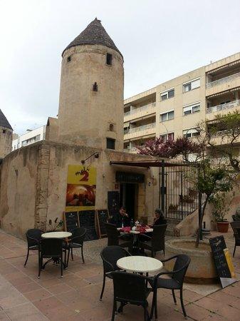 Moli 2 Cafe Restaurante