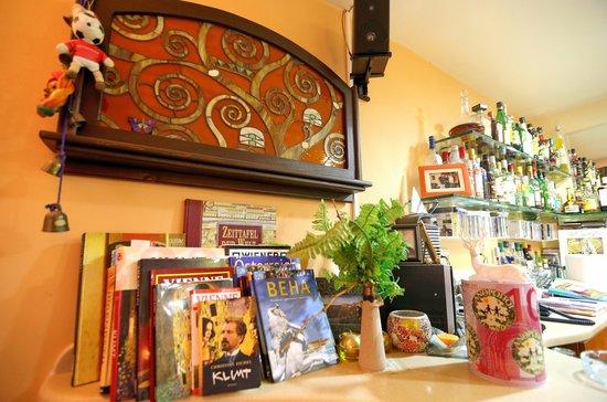 Klimt Guest House: Можно и выпить и просветиться