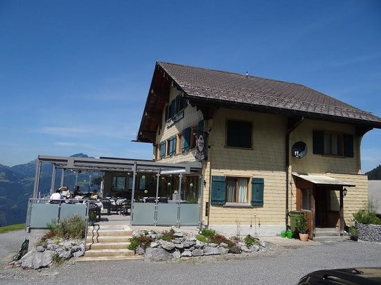 Mollis, Schweiz: Das Alpenrösli