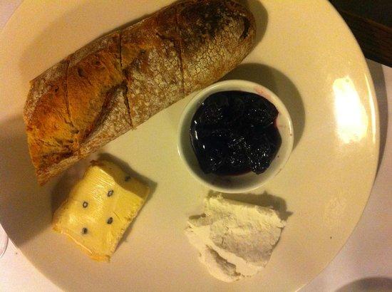 Le Simpatico: Cheese