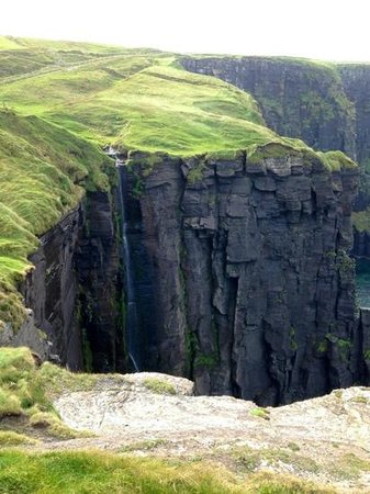 Doolin Cliff Walk: part of th spectacular hike