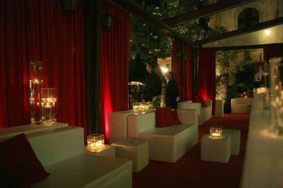 Mocambo Bar: Lounge Time