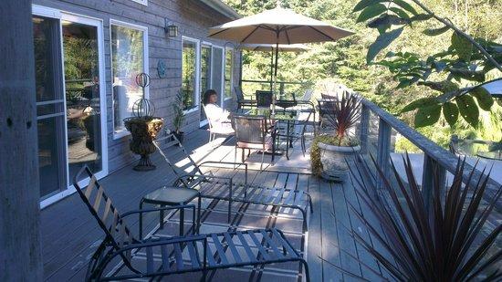 Lost Mountain Lodge: Porch