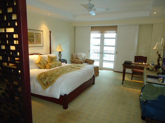 Indochine Palace: vista general de la habitación