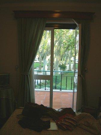 Estalagem Santa Iria: view from room to outside