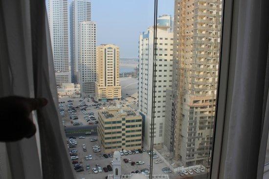 Hilton Sharjah: Вид из номера