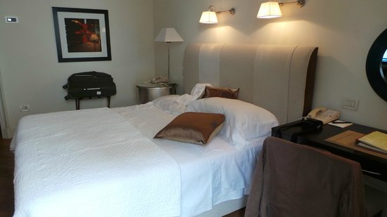 Hotel Savoy: Bedroom ...