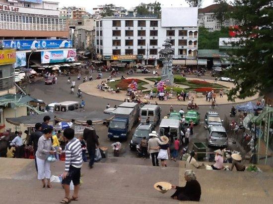 Dreams Hotel: Dalat Markets