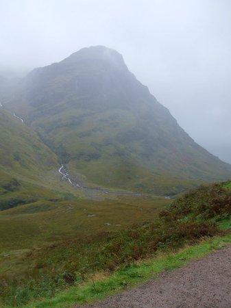 Loch Long Hotel: Glencoe with Scottish mist