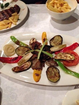 Amanti Steakhouse Grill
