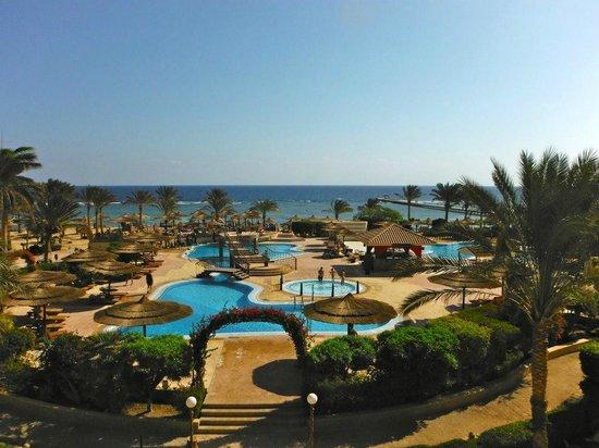 Flamenco Beach and Resort: panorama hotel da stanza/suite