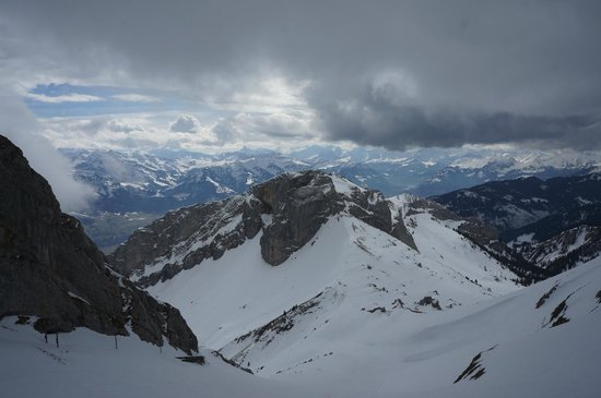 Hotel Pilatus-Kulm: Photo from one of the viewing platforms